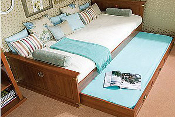 Элегантная выдвижная кровать для двоих детей