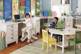 Стол для двоих детей – варианты компоновки
